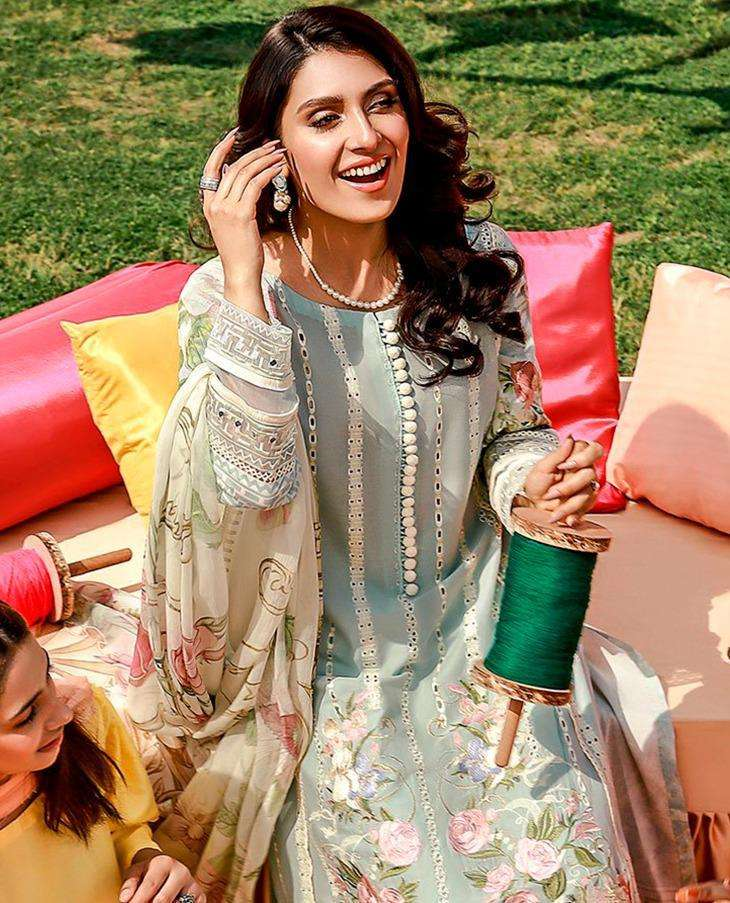 Saniya Rouch Vol-5 Series 501-504 Cambric Embroidery Pakistani Suits