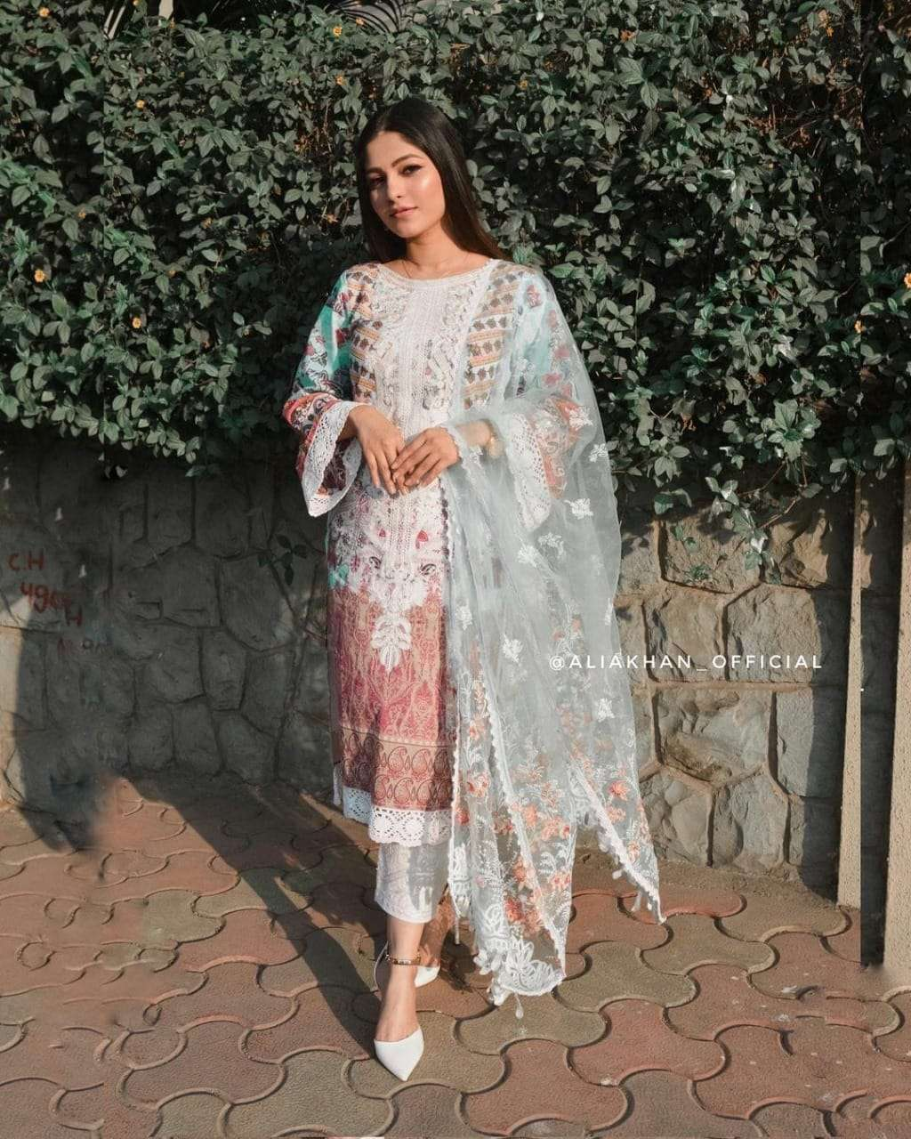 FEPIC SOBIA NAZIR LAWN COLLECTION 86003 DESIGNER CAMBRIC COTTON SUIT